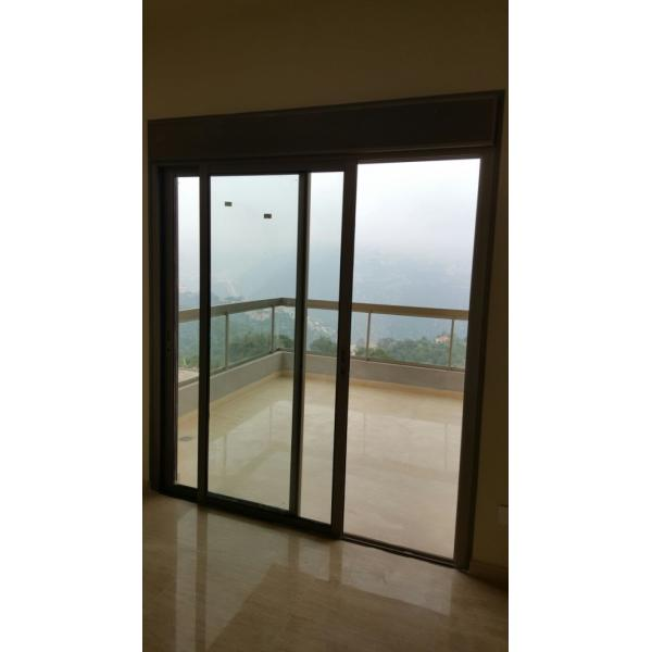 140m2 apartment with panoramic view in Ajaltoun