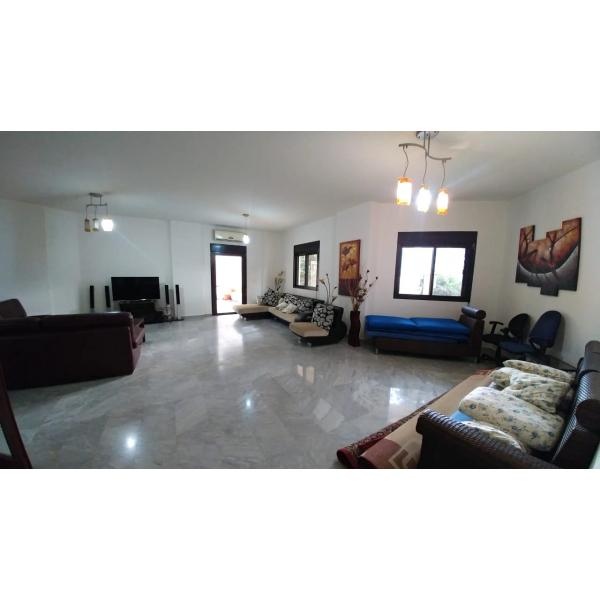 JEITA 165M2 | 100M2 TERRACE | EXCELLENT CONDITION | FURNISHED |