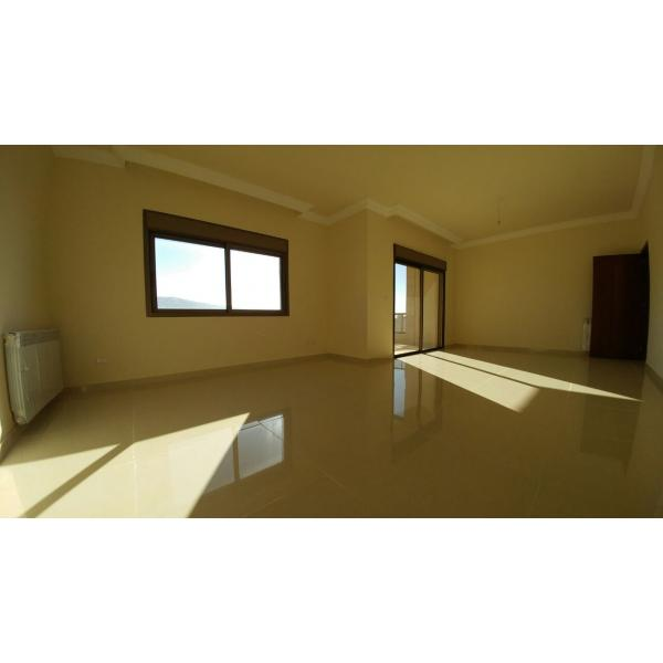 Apartment for sale Ballouneh 180m2 - open view - lease to own -