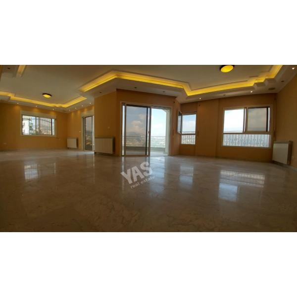 Ballouneh 220m2 duplex -for rent - perfect condition -panoramic view -